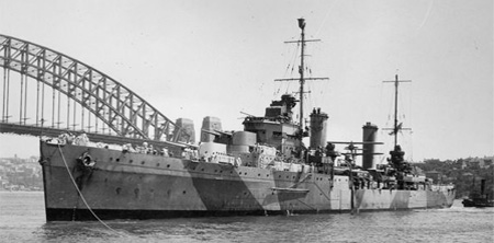 HMAS Sydney (II) in Sydney Harbour